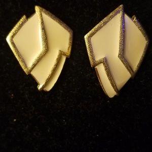 Vintage Trifari goldtone enamel clip on earrings
